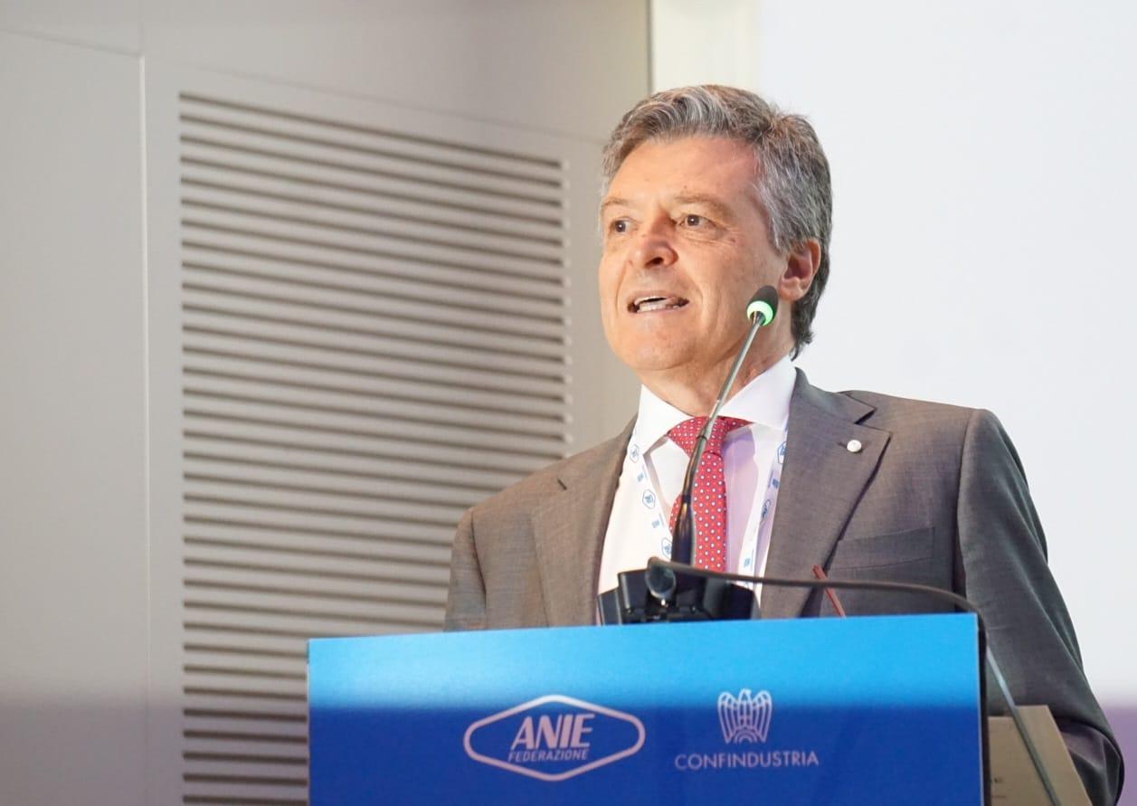L Italia è il secondo Paese manifatturiero d Europa e può e deve guardare  avanti. Per farlo 6415d396655