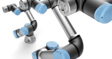 """""""E"""" come easy: ecco la nuova generazione di robot collaborativi Universal Robots"""