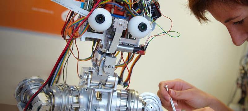 Dalla robotica alla realtà aumentata: ecco ARTES 4.0, il Competence Center toscano che arriva fino alla Sicilia