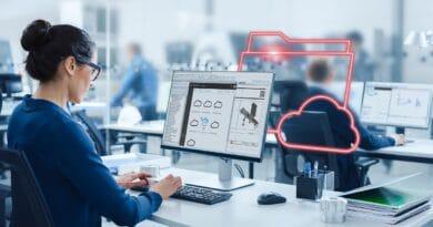 """Cedrik Neike (Siemens): """"Nel futuro dell'industria Edge, AI e l'operaio programmatore"""""""